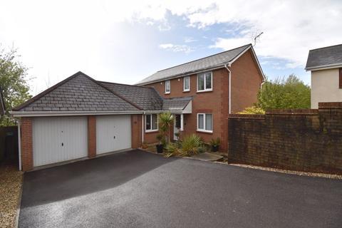 4 bedroom detached house for sale - 3 Clos Castell Newydd, Broadlands, Bridgend, CF31 5DR