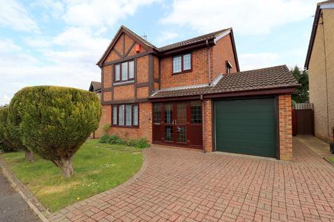 3 bedroom detached house for sale - Carnegie Gardens, Barton Hills, Luton, Bedfordshire, LU3 4DQ
