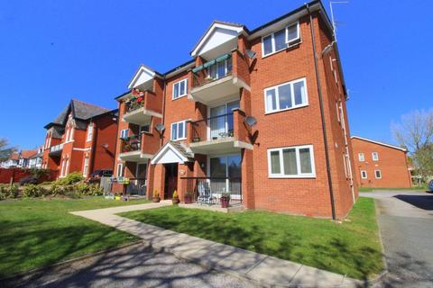 2 bedroom apartment for sale - Mountwood Lodge, Shore Road, Southport