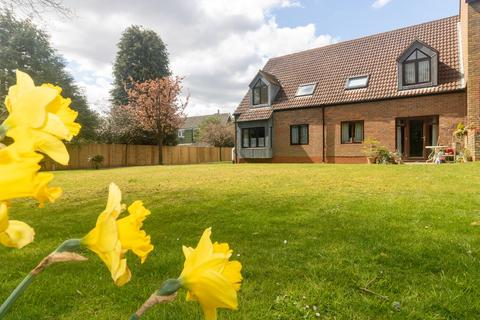 1 bedroom apartment to rent - Gosport Lane, Lyndhurst, SO43