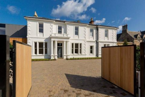 3 bedroom flat to rent - Westgate, North Berwick, East Lothian