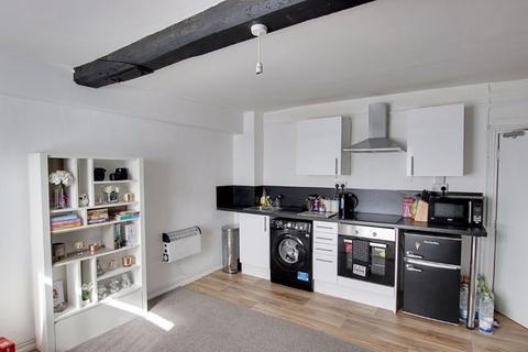 1 bedroom apartment to rent - High Street, Melksham