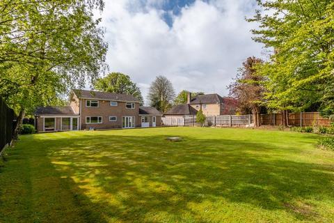 4 bedroom detached house for sale - Thorpe Road, Peterborough, PE3 6JJ