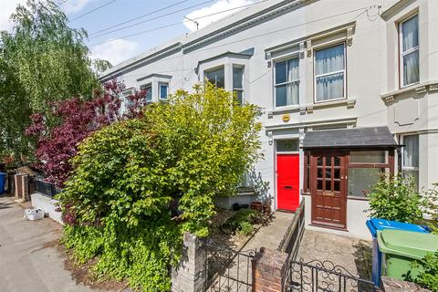 2 bedroom terraced house to rent - Lyndhurst Grove, Peckham Rye