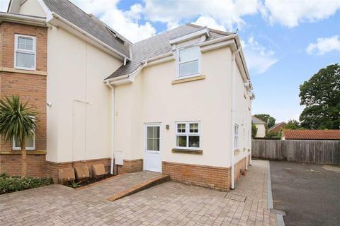 2 bedroom semi-detached house to rent - Glenair Avenue, Poole