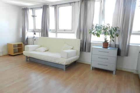 Studio to rent - Kennard House, Francis Chichester Way, London