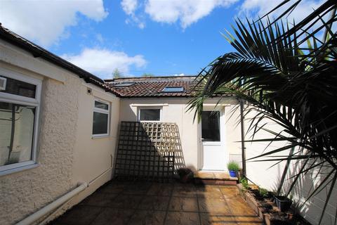 Studio to rent - Hawthorne Street, Totterdown, Bristol