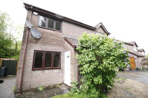 2 bedroom property to rent - Pennyroyal Close, St. Mellons, Cardiff