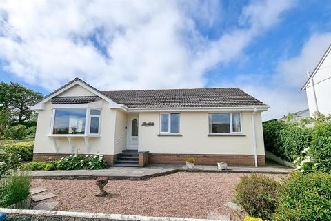 3 bedroom detached bungalow for sale - Lynhurst Avenue, Sticklepath, Barnstaple