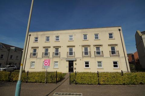 2 bedroom flat to rent - Oakley GL51 3QD