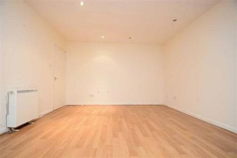 Studio to rent - Abbeyfield Close, Park Royal, NW10