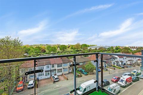 1 bedroom apartment to rent - Bassett House, Durnsford Road, Wimbledon, SW19