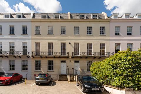 2 bedroom apartment for sale - Rodney Road, Cheltenham