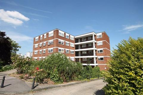 1 bedroom apartment to rent - Lynwood Close, South Woodford