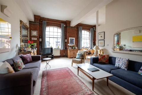 3 bedroom apartment for sale - Fawe Street, London, E14
