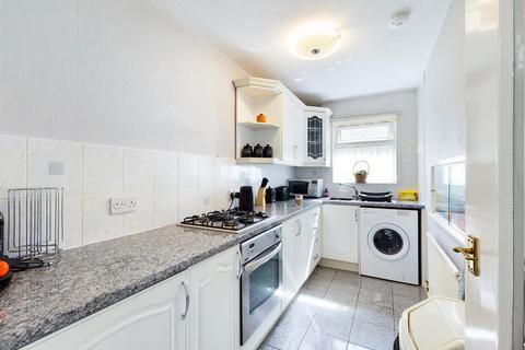 1 bedroom flat for sale - Verbena Close, West Drayton