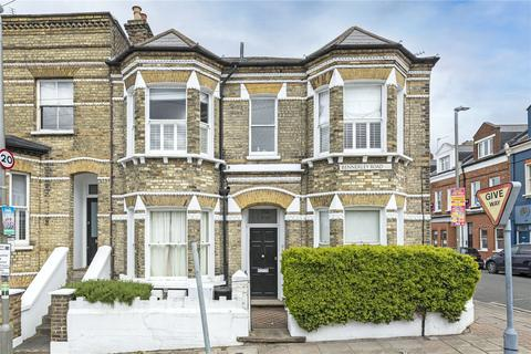 2 bedroom apartment for sale - Bennerley Road, SW11
