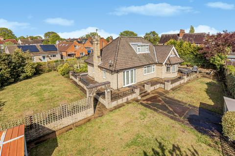 3 bedroom detached house for sale - Clive Avenue, Lincoln, LN6