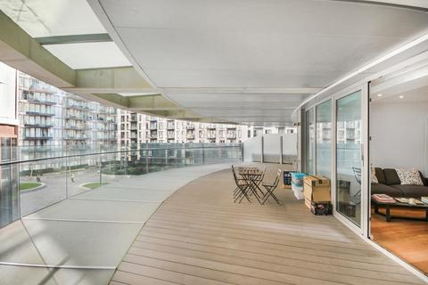 2 bedroom apartment to rent - Arena Tower, Crossharbour Plaza, Canary Wharf, London, E14