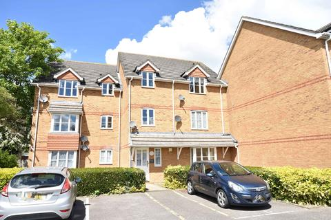 2 bedroom flat for sale - Minimax Close, Staines Road, Bedfont, Middlesex, TW14