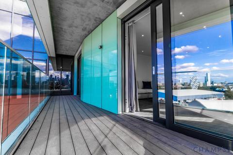 3 bedroom flat to rent - Distel Apartments, 19 Telegraph Avenue, SE10