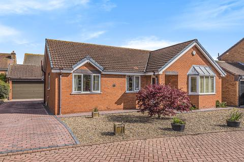 3 bedroom detached house for sale - Saxon Rise , Beverley, HU17 7SN