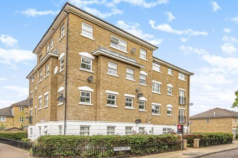 3 bedroom apartment to rent - Grenard Close London SE15