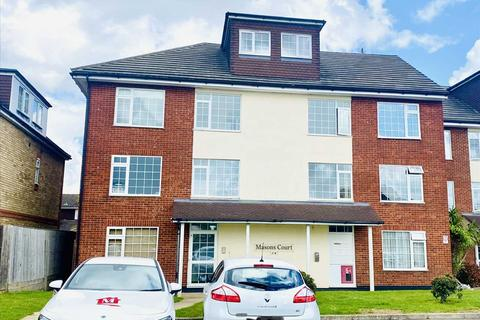 2 bedroom apartment to rent - Mason Court, Masons Road, Slough