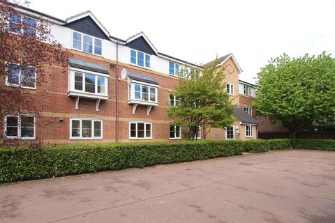 2 bedroom flat to rent - Donald Woods Gardens,  Tolworth, KT5