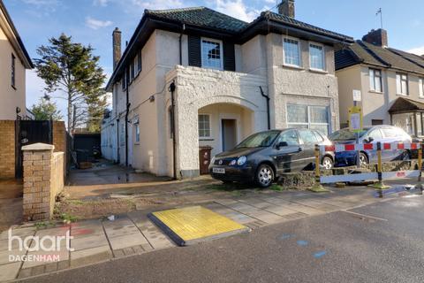 3 bedroom maisonette for sale - Woodward Road, DAGENHAM
