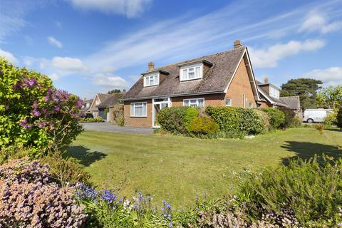 3 bedroom detached house for sale - Waterford Gardens, Highcliffe, Christchurch, Dorset, BH23