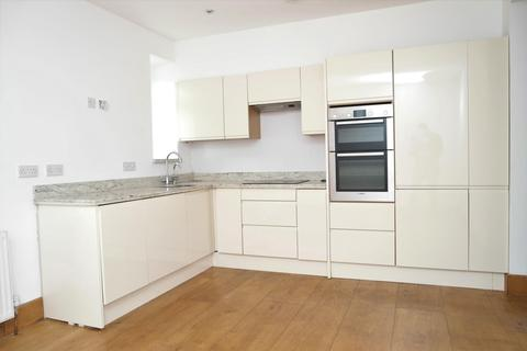 2 bedroom flat to rent - Vale Lodge, Perry Vale, Forest Hill, London, SE23 2LG