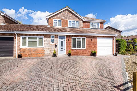 4 bedroom link detached house for sale - Waverley Drive, South Wonston, Winchester, Hampshire, SO21