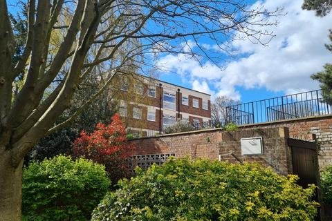 2 bedroom apartment to rent - Pinewood Grove, Ealing Broadway, London, W5