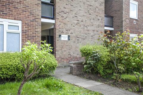 2 bedroom apartment for sale - Barrowgate Road, London, W4