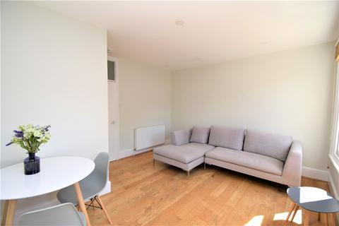 3 bedroom flat to rent - Palace Gates Road, London, N22