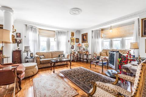 4 bedroom flat for sale - Moscow Road, Bayswater