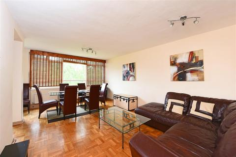 3 bedroom apartment for sale - Garden Royal, Kersfield Road, Putney