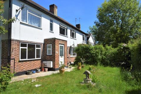 2 bedroom ground floor flat to rent - Audley Court, Pinner, Middlesex