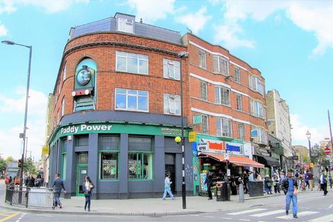 3 bedroom flat to rent - Mare Street, Hackney, E8
