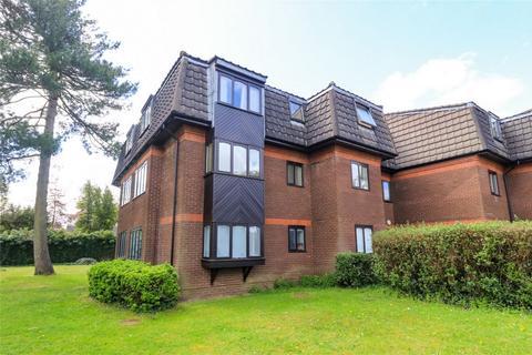 2 bedroom flat to rent - Woodridge Close, Enfield, Middx