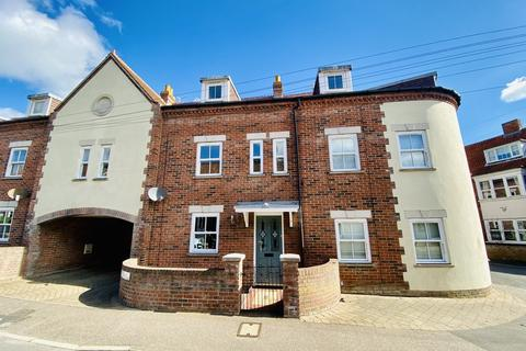 3 bedroom terraced house for sale - Repton Court, Sheringham, Norfolk
