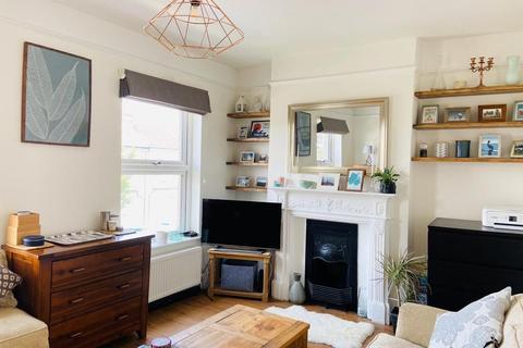2 bedroom apartment to rent - Crewys Road, London, SE15