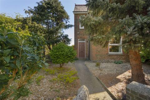 2 bedroom semi-detached house for sale - Vale Road, Portslade, East Sussex, BN41