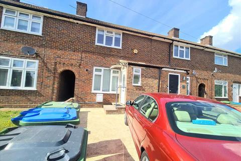 2 bedroom house to rent - Langbrooke Road, LONDON