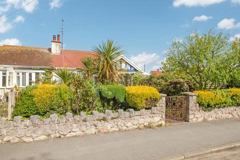 2 bedroom semi-detached bungalow for sale - Bryn Lupus Road, Llanrhos