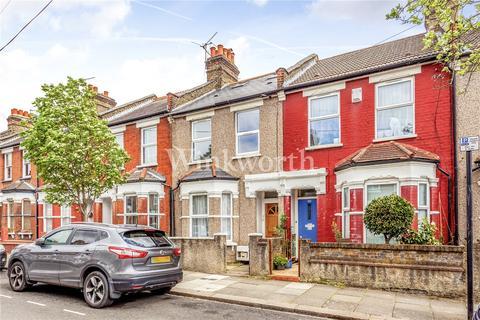 3 bedroom flat to rent - Dunloe Avenue, London, N17