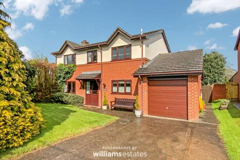 4 bedroom detached house for sale - Wern Uchaf, Ruthin