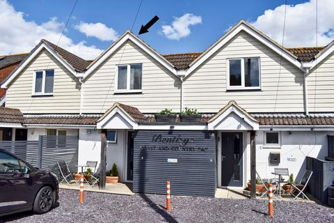 2 bedroom terraced house for sale - Lower Buckland Road, Lymington, SO41