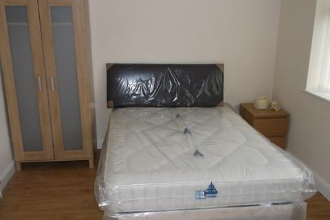 1 bedroom in a house share to rent - Winwick Road, Warrington, WA2
